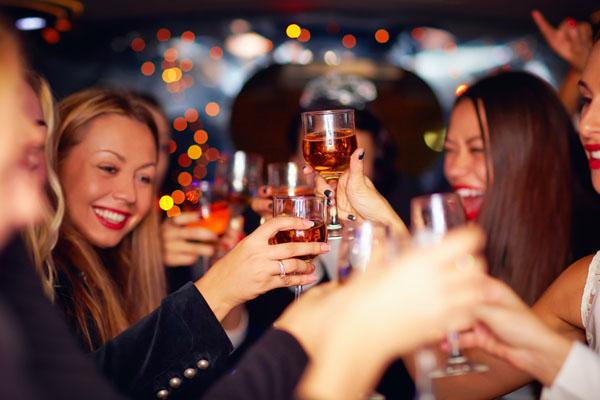 Clever Feiern - DJ Service f�r Hochzeiten und Firmenfeiern